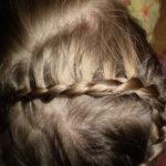 Причёска для девочки «Змейка»